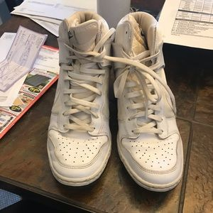 Nike sky high sneakers white size 9